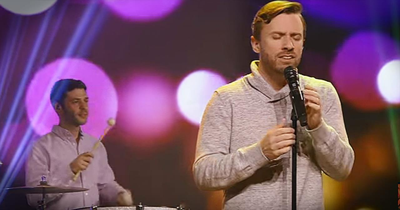 'December Song' - Christmas Tune From Peter Hollens And Friends