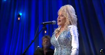 Emotional Dolly Parton Sings 'Smoky Mountain Memories' For Tennessee Fire Victims