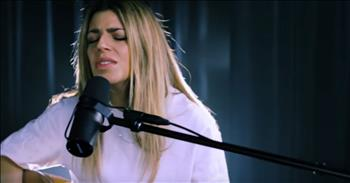Hillsong Worship Performs 'What a Beautiful Name' at KLove