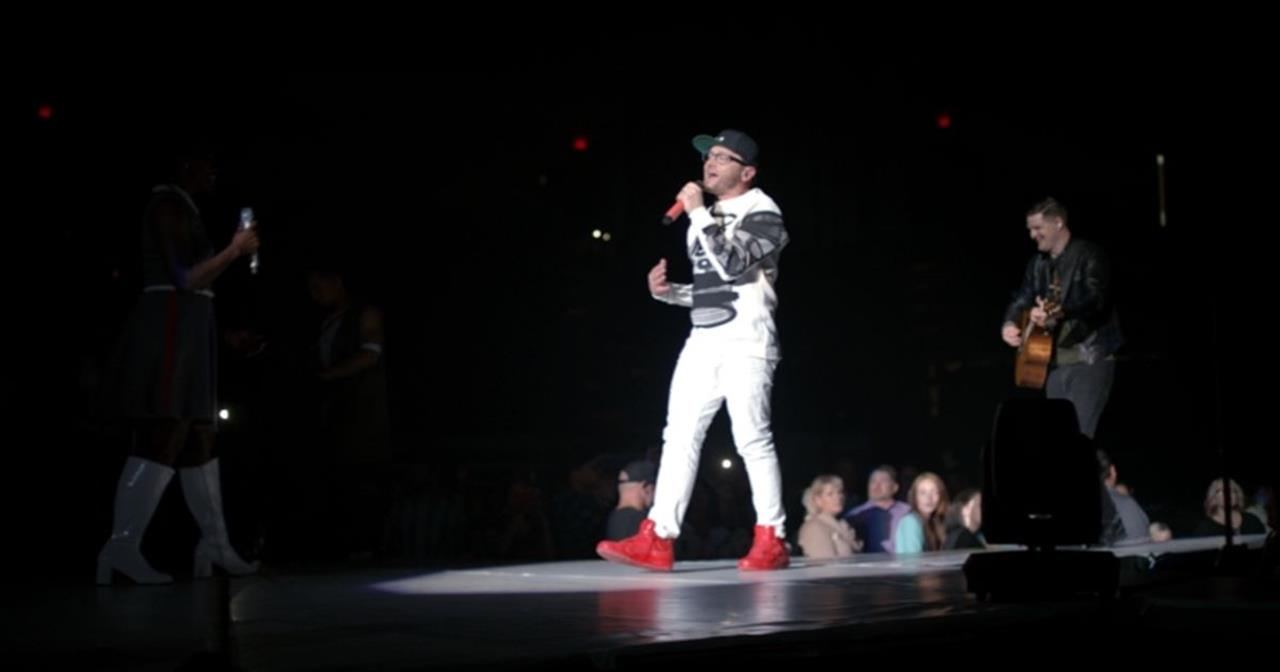 TobyMac Turns It Over To God In 'Steal My Show'