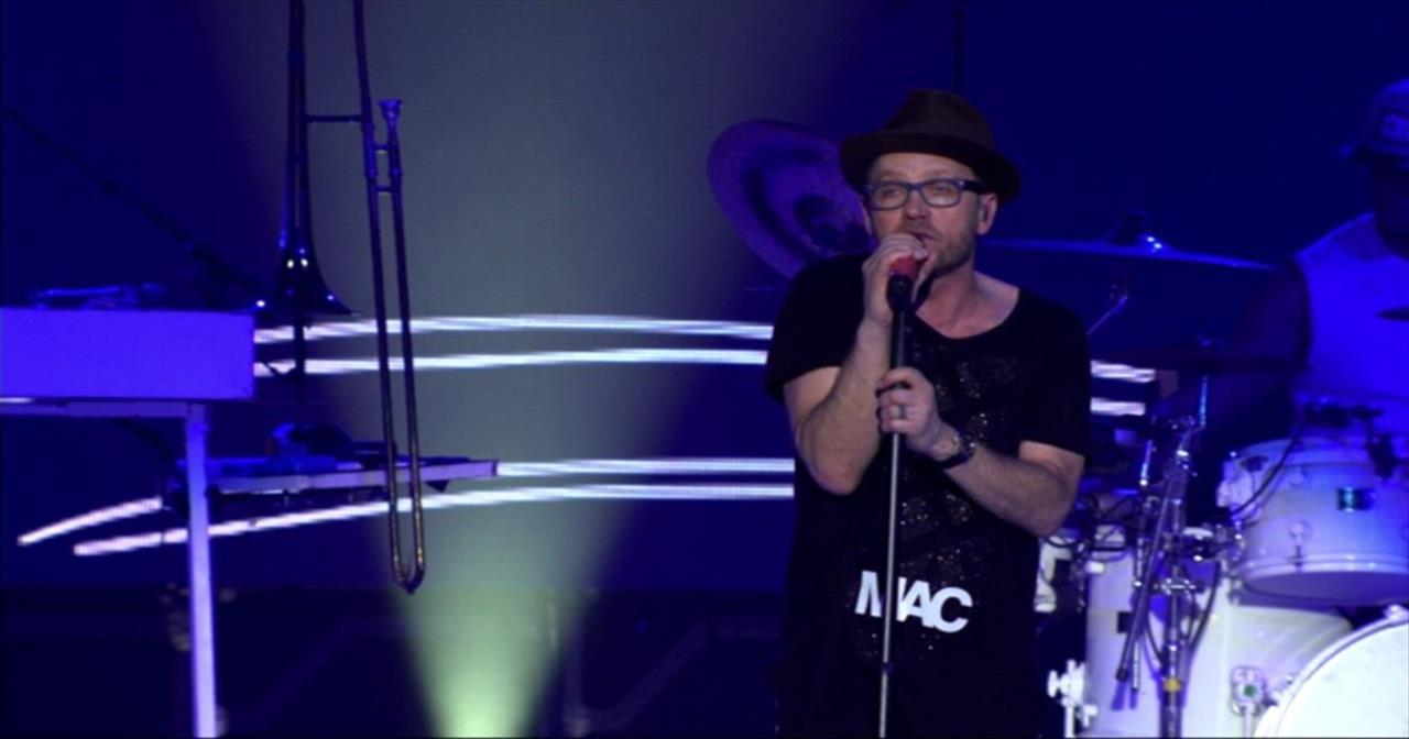 TobyMac Prayerfully Performs 'City on Our Knees' Live