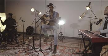 Beautiful Acoustic Performance of 'Hallelujah' by Jimi Cravity