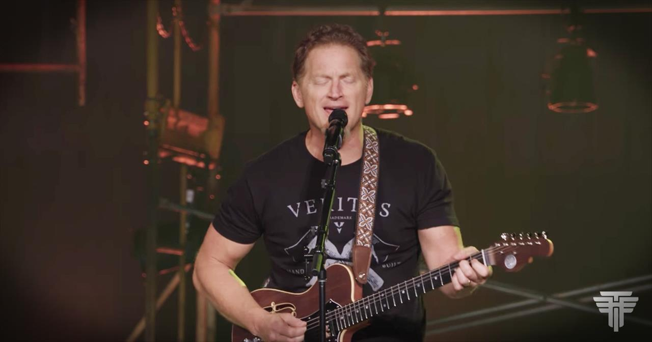 Tim Hawkins' Eagles Inspired Version Of Amazing Grace Is, Well, Amazing