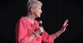 Jeanne Robertson Shares Funny Experience With Fashion Stylist