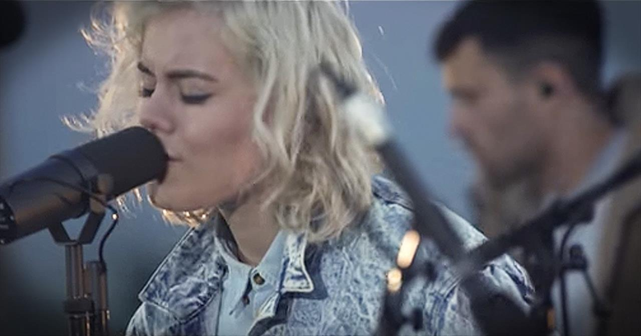 'Heart Like Heaven' - Worship From Hillsong United At The Sea Of Galilee