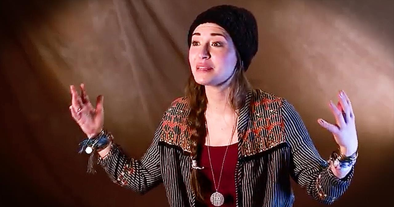 Lauren Daigle Discusses Faith After Losing Grandfather