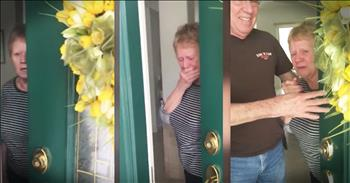 Grandma Slams Door After Unexpected Arrival Of Daughter