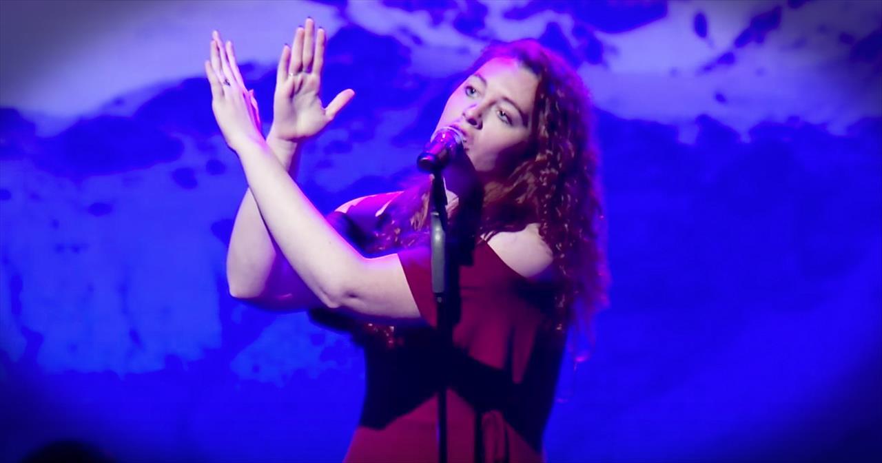Deaf+Singer+Mandy+Harvey+Sings+%27It+Is+Well%27
