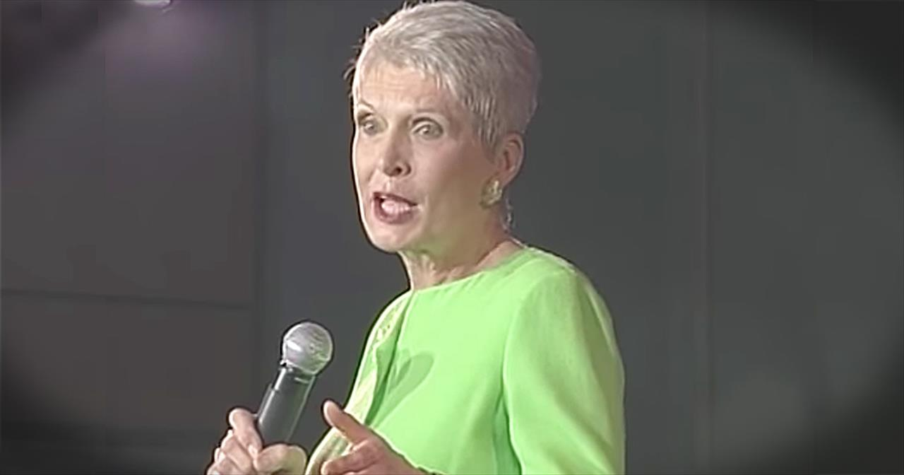 Jeanne Robertson Shares Left Brain's Hilarious Comment In Hawaii