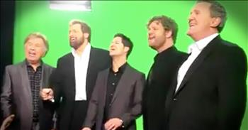 Bill Gaither Vocal Band Sing The National Anthem