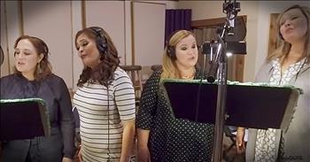 A Cappella Group Sing Cinderella Medley
