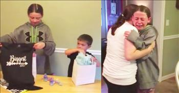Daughter Sobs During Mom's Pregnancy Reveal