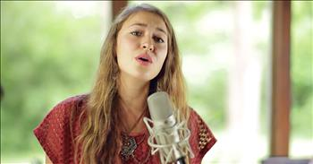 'O'Lord' - Powerful Worship From Lauren Daigle