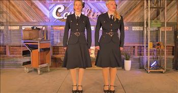 2 Women Sing 'Ballad Of The Green Berets'