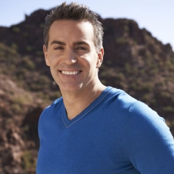 "Former NFL Star Kurt Warner Gives Second Chances on USA's ""The Moment."""