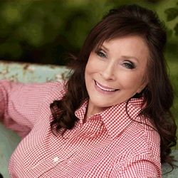 Loretta Lynn to Host Her First Gospel Music Festival