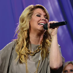 Women of Homecoming: Natalie Grant