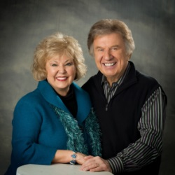Gaither Tribute at 44th Annual GMA Dove Awards