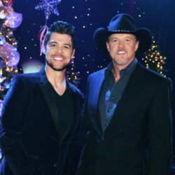 Jason Crabb Joins Trace Adkins on Christmas Tour
