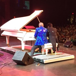 Mark Lowry Crashes Dino's Concert