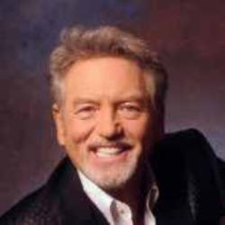 "Larry Gatlin Receives BMI ""Million-Air"" Awards"