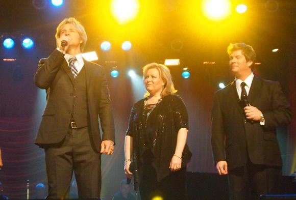 Reggie Smith, with Melissa & Jim Brady