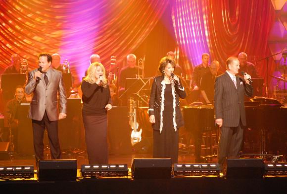"The Hoppers perform crowd favorite ""Jerusalem"""