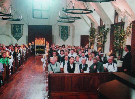 2004 Hymns - Church In The Wildwood