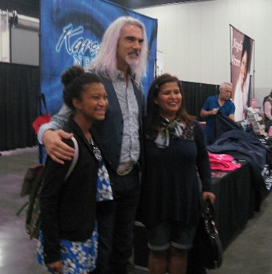 Guy Penrod and a couple of happy fans