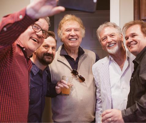 Mark Lowry taking a selfie with Jonathan Martin, Bill, Larry Gatlin and Jeff Easter