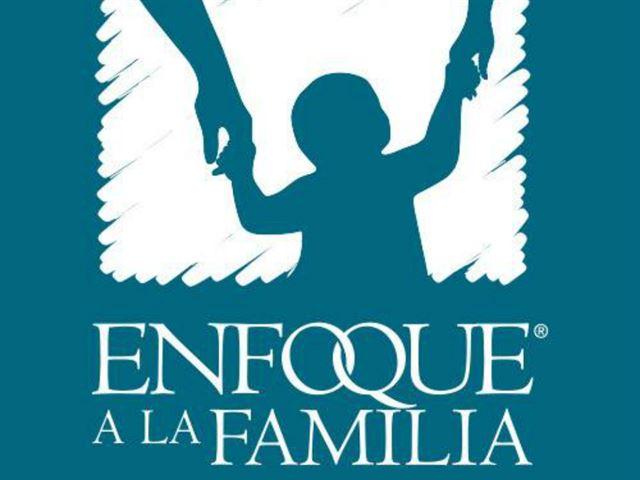 Enfoque a la Familia   with Sixto Porras