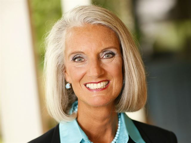 God Speaking with Anne Graham Lotz and Faith Comes By Hearing ®