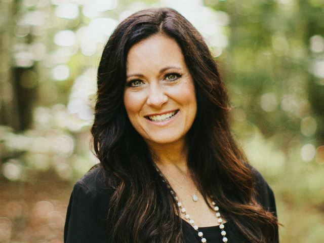 Proverbs 31 Ministries with Lysa TerKeurst