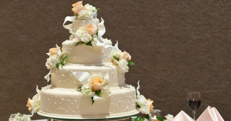 christian wedding cakes christian cake maker who lost court receives support 12827